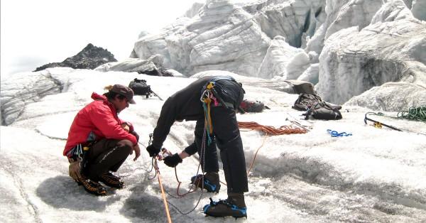 Klettergurt Für Gletscher : Ausbildung sommer kletterschule alpinschule bergaufbergab