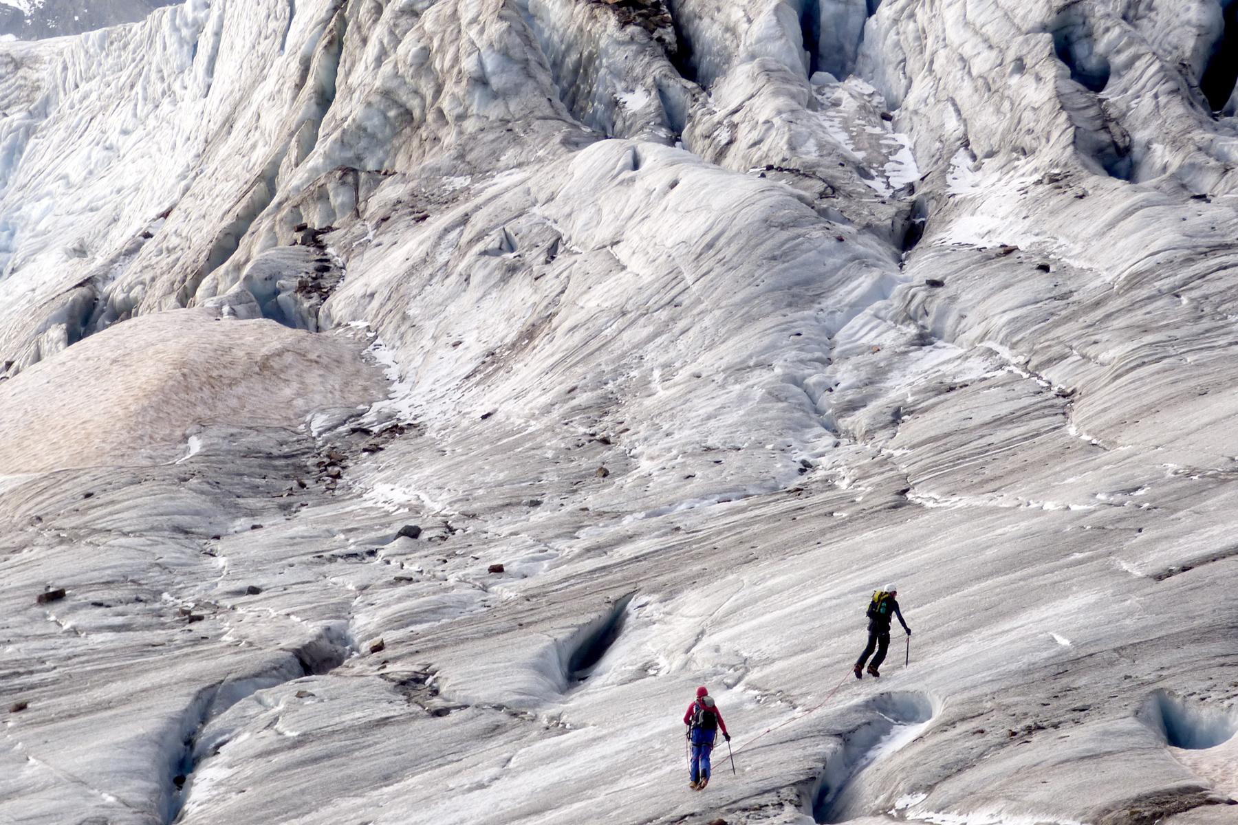 Klettergurt Für Gletscher : Bergsteigen gletscher kletterschule alpinschule bergaufbergab